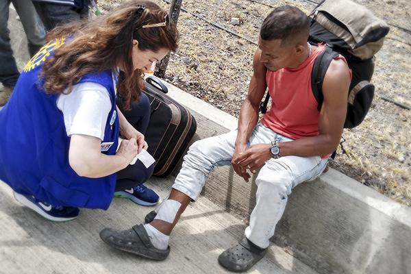 Montanez provides wound car