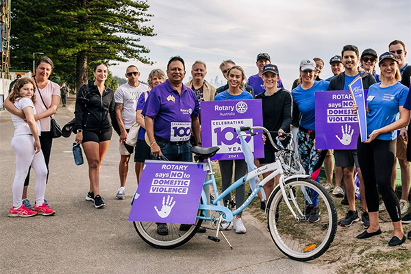 Andy Rajapaske andGold Coast Passport Rotary Club members at a rally to end domestic violence.